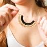 Conjunto collar y pendientes Akita