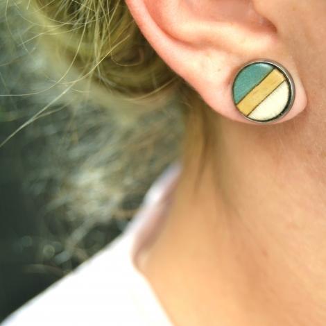 Balance stud earrings